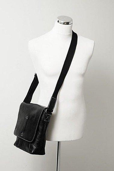 DAAG Jazzy Wanted 81 czarna torba skórzana unisex listonoszka przez ramię