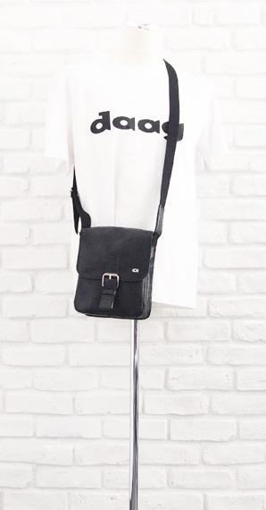 DAAG Jazzy Wanted 86 czarna torba skórzana unisex listonoszka przez ramię