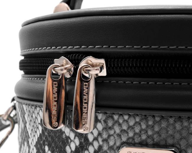 Kuferek czarny wężowy David Jones CM5670 BLACK