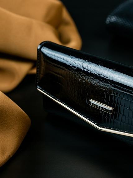 Portfel damski skórzany lakierowany czarny Lorenti
