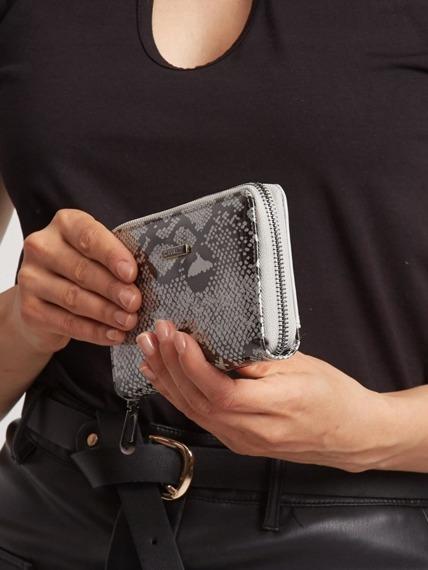 Portfel damski skórzany lakierowany srebrny Cavaldi