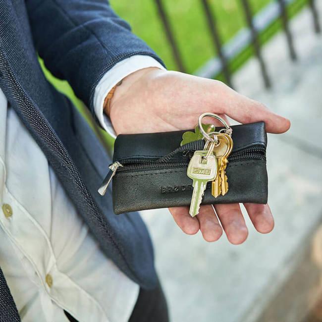 Skórzane etui na klucze BRODRENE K02 czarne